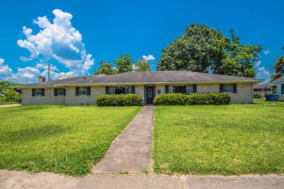 Lafayette Single Family Home For Sale: 605 S Magnolia Street