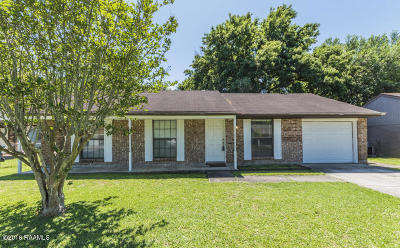 Lafayette Rental For Rent: 207 Chaumont Drive