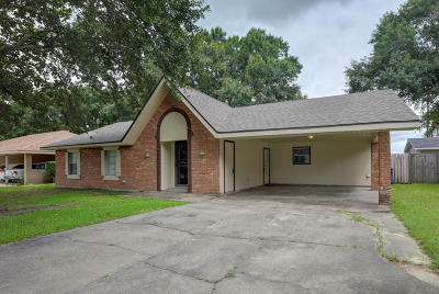 Lafayette Single Family Home For Sale: 126 Merida Drive