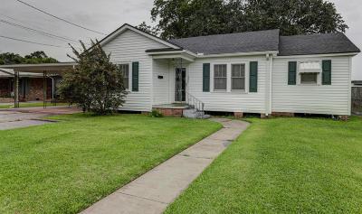 Single Family Home For Sale: 230 Sanders Street