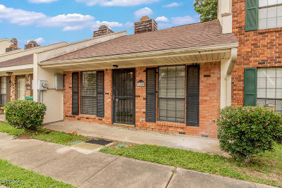 Lafayette Single Family Home For Sale: 210 Long Plantation Boulevard Boulevard #M