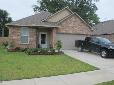 Lafayette Single Family Home For Sale: 101 Starlight Drive