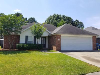 Lafayette Single Family Home For Sale: 211 Westpointe Circle
