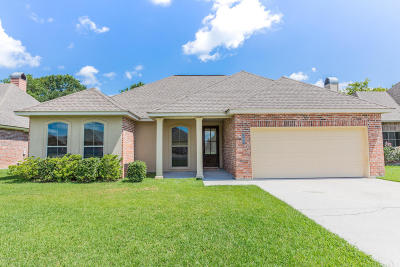 Lafayette Single Family Home For Sale: 205 Blackwater River Drive