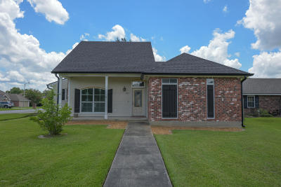 Lafayette Single Family Home For Sale: 101 Pathway Lane