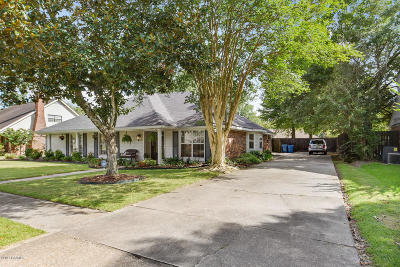 Lafayette LA Single Family Home For Sale: $292,000