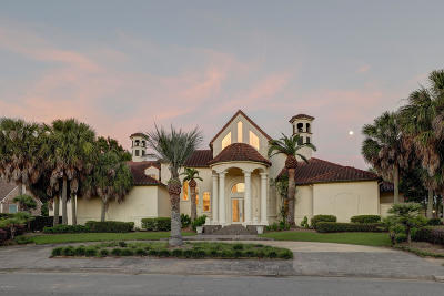 Single Family Home For Sale: 304 Sawgrass Lane