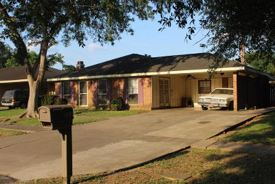 Lafayette Single Family Home For Sale: 123 Winsor Drive