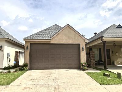 Lafayette  Single Family Home For Sale: 326 Chimney Rock Boulevard