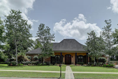 Copperfield Single Family Home For Sale: 119 Acres Drive