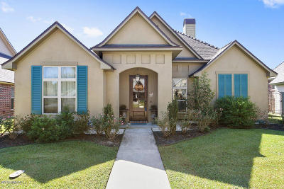 Lafayette Single Family Home For Sale: 203 Grand Pointe Boulevard