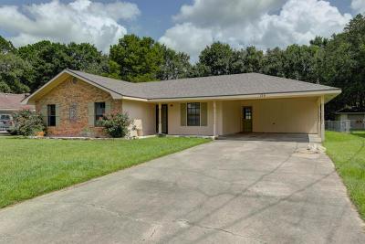 Carencro  Single Family Home For Sale: 135 La Place Avenue