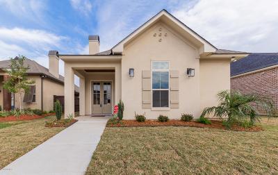 Lafayette Single Family Home For Sale: 105 Mont De Marsan Drive