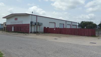Lafayette Parish Commercial For Sale: 102 Row 3