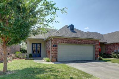 Lafayette Single Family Home For Sale: 138 Oakbend Drive