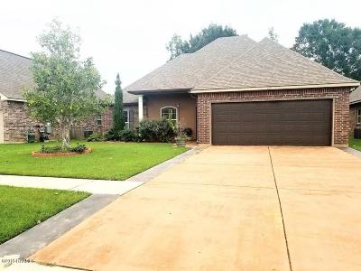Broussard Single Family Home For Sale: 107 Spanish Moss Lane