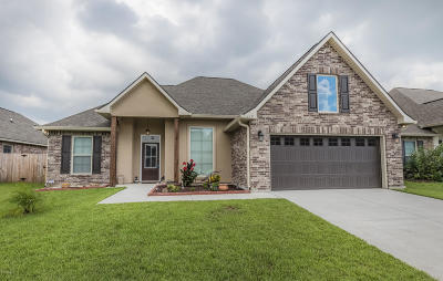 Meadows Bend Lakes Single Family Home For Sale: 117 Bluegrass Creek Road