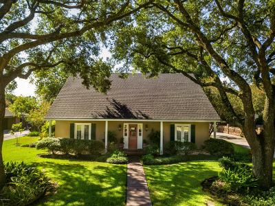Lafayette Single Family Home For Sale: 105 Primrose Lane