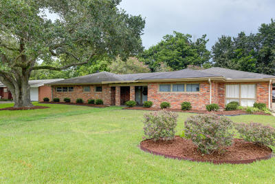New Iberia Single Family Home For Sale: 2715 Old Jeanerette Road
