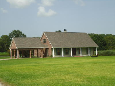 Single Family Home For Sale: 10746 Hwy 182