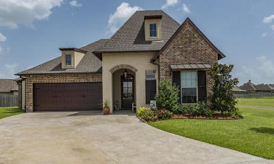 Broussard Single Family Home For Sale: 611 Channel Drive