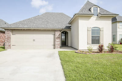 Lafayette Single Family Home For Sale: 109 Honey Grove Drive