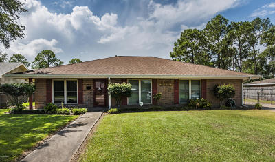Eunice Single Family Home For Sale: 1411 W Elm Street