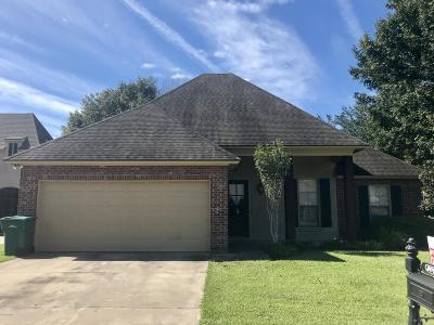 Lafayette Single Family Home For Sale: 304 Kaiser Drive