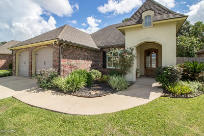 Youngsville Single Family Home For Sale: 106 La Villa Circle