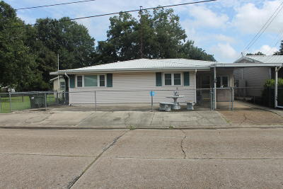 Iberia Parish Single Family Home For Sale: 163 S Richelieu Circle
