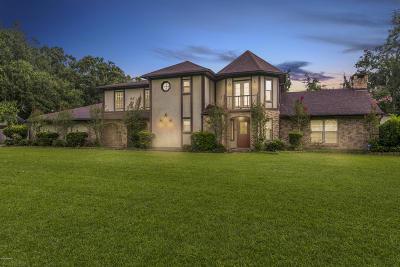 Lafayette  Single Family Home For Sale: 203 Buffalo Run