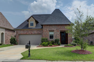broussard Single Family Home For Sale: 102 Cane Creek Drive