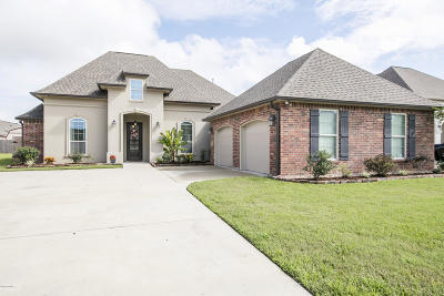 broussard Single Family Home For Sale: 105 Angel Rock Lane
