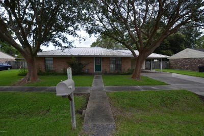 Single Family Home For Sale: 108 Trojan Place