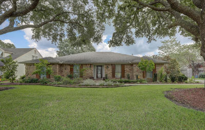 Lafayette Single Family Home For Sale: 400 Old Settlement Rd Road