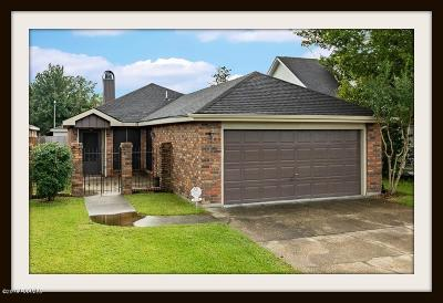 Lafayette Single Family Home For Sale: 103 Bronze Medal Drive