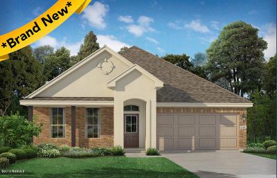 Verot Park Single Family Home For Sale: 101 Garden Oaks Avenue