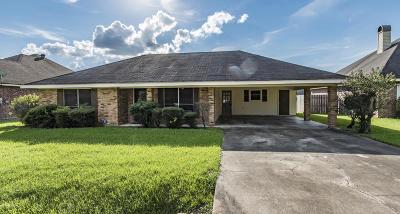 Lafayette Single Family Home For Sale: 207 Saucier Parkway