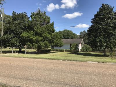 Eunice Single Family Home For Sale: 830 N 8th Street