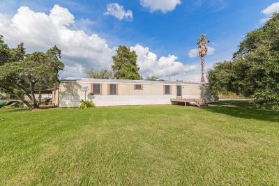 New Iberia Single Family Home For Sale: 414 Dumas Judice Road