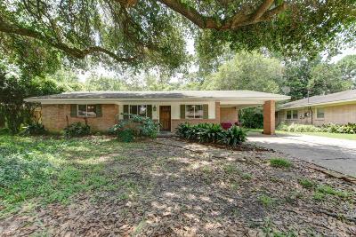 Lafayette  Single Family Home For Sale: 146 Ferndell Avenue