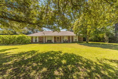 Youngsville Single Family Home For Sale: 1405 Chemin Agreable