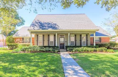 Lafayette Single Family Home For Sale: 116 Huntington Drive
