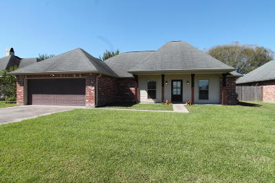 Lafayette Single Family Home For Sale: 200 Beaconwood Drive