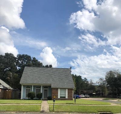 Single Family Home For Sale: 113 Triad Boulevard
