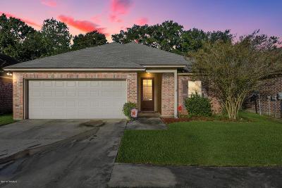 Lafayette LA Single Family Home For Sale: $168,000