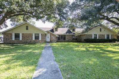 Lafayette Single Family Home For Sale: 208 Carolyn Drive