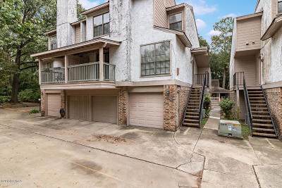 Lafayette Single Family Home For Sale: 1400 E Bayou Parkway #3d