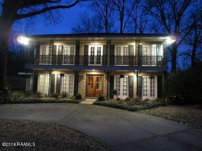 Single Family Home For Sale: 402 Chateau Place