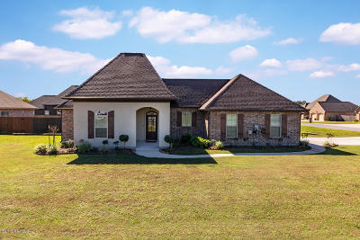 Breaux Bridge Single Family Home For Sale: 1010 Grand Loop